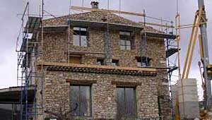 doublure de maison en pierres